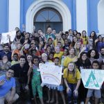 Voluntarios Celebrating faith